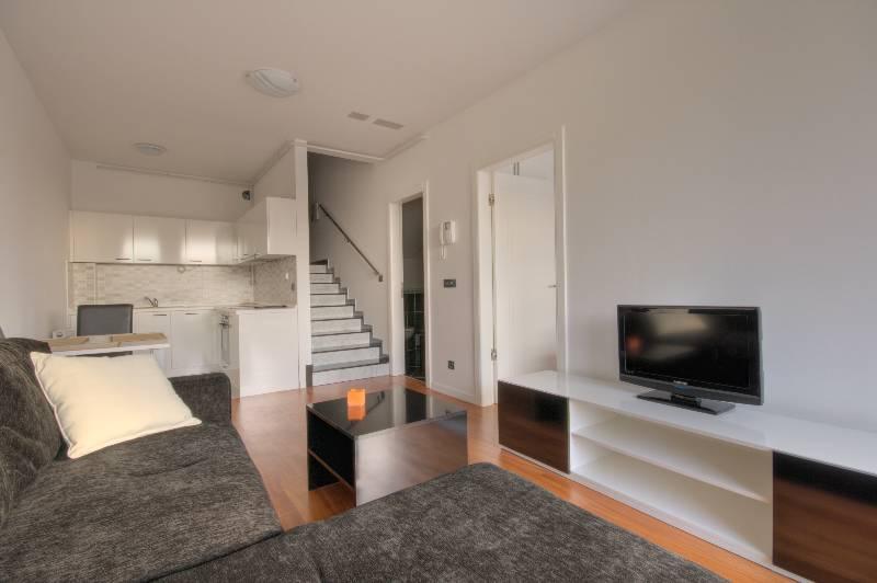 ... One Bedroom Apartment ...