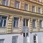 Royal Plaza, Prague
